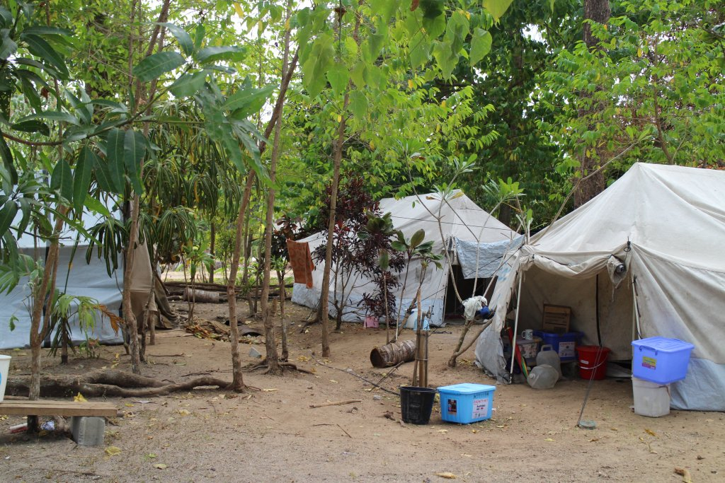 2018: The Anglican parish of Banban Transfiguration Community in Santo hosts 60 evacuees from Ambae, with no additional support. They are using tents and shelters from the previous 2017 evacuation.